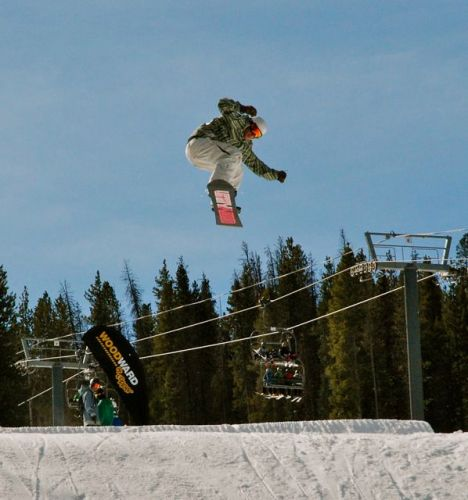 Flying to Colorado's slopes get eaiser every year. PHOTO BY BOB BERWYN.
