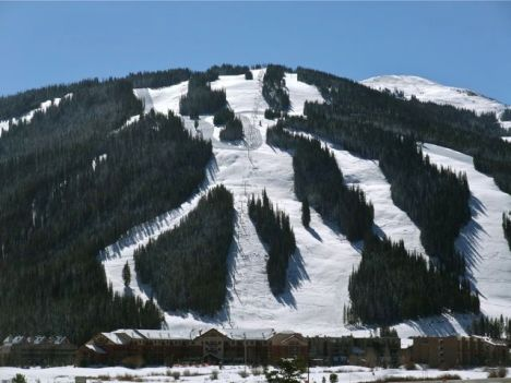 A water-rights showdown between the U.S. Forest Service and the ski industry is looming in federal district court.