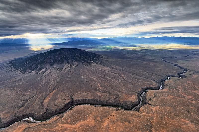 Rio Grande with Ute Mountain © Adriel Heisey.