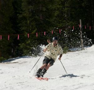 A strong spring season helped boost skier visits to Colorado ski areas.