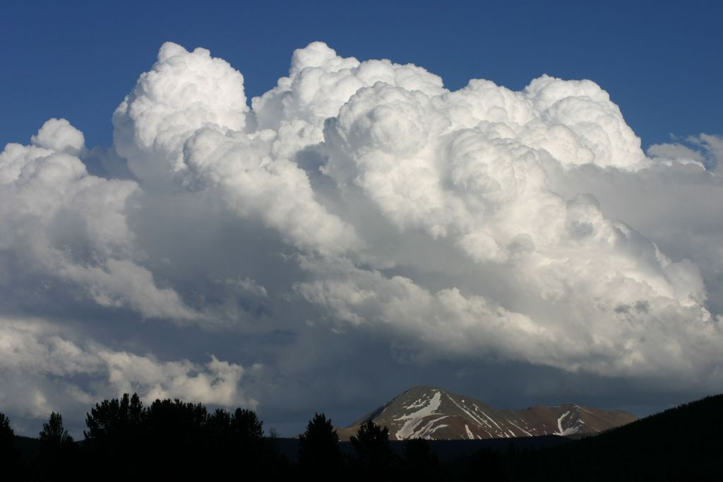 Billowing would be the word!