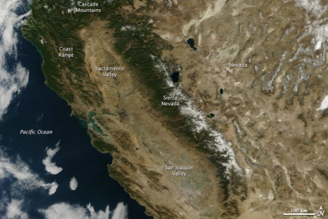 A January 2013 image from the NASA Earth Observatory website shows a brown and dry California in the heart of the rainy season, with only sparse snowpack in the Sierra Nevada.