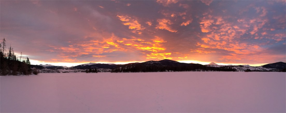 Sunrise pano, Dillon Reservoir, Colorado